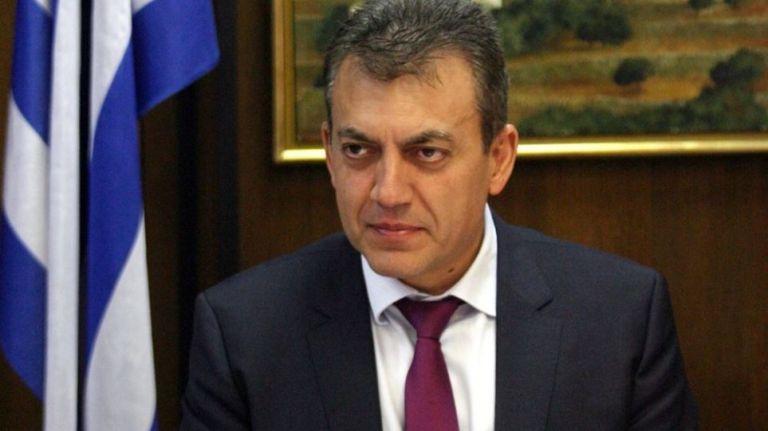 Βρούτσης: Πρόστιμο 1.200 ευρώ σε εργοδότες που απασχολούν εργαζόμενο με αναστολή σύμβασης | tovima.gr