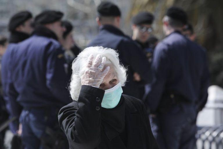Στον Δήμο Πειραιά 20.000 μάσκες από τον Δήμο Σανγκάης | tovima.gr