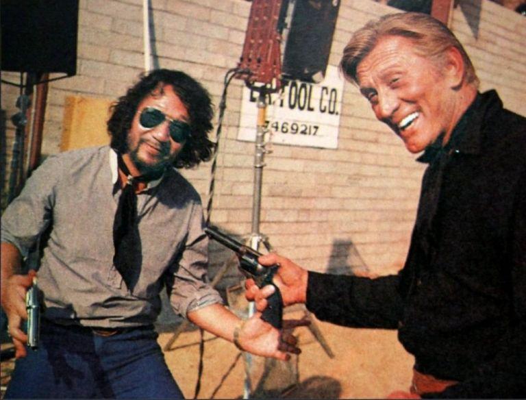 Πέθανε ο Ιάπωνας σκηνοθέτης Νομπουχίκο Ομπαγιάσι   tovima.gr
