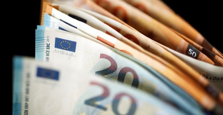 Eκτακτη οικονομική ενίσχυση 400 ευρώ σε 155.000 μακροχρόνια ανέργους | tovima.gr