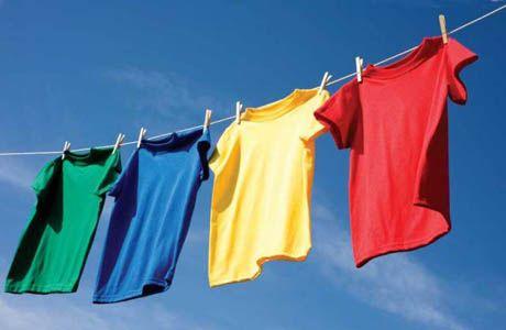 Κορωνοϊός: Τι πρέπει να κάνετε όταν επιστρέφετε σπίτι – Οδηγίες για ρούχα και παπούτσια | tovima.gr