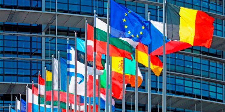 Editorial: Europe's big day   tovima.gr