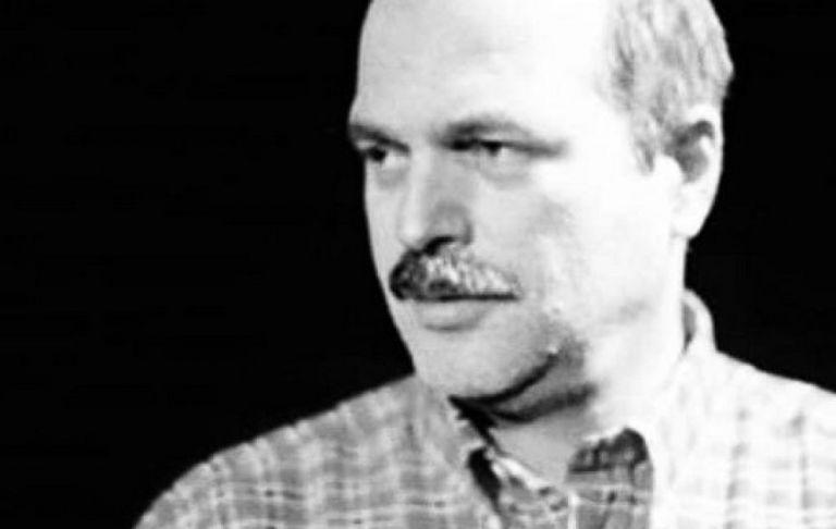 Ο καλλιτεχνικός κόσμος αποχαιρετά τον Γιάννη Καραχισαρίδη | tovima.gr
