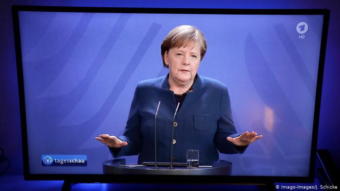 Απογείωση Μέρκελ στις δημοσκοπήσεις – Παρέμβαση Σόιμπλε | tovima.gr
