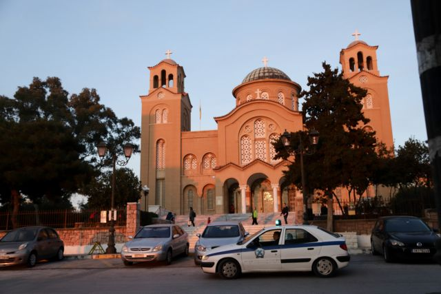 Κορωνοϊός: Με μέτρα προστασίας θα ξανανοίξουν οι ναοί – Τι λένε επιστήμονες και ιερείς | tovima.gr