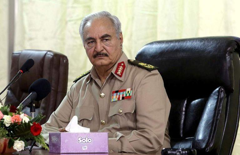 Λιβύη: Τα μέλη της Βουλής των Αντιπροσώπων δήλωσαν στήριξη στον στρατάρχη Χαφτάρ | tovima.gr