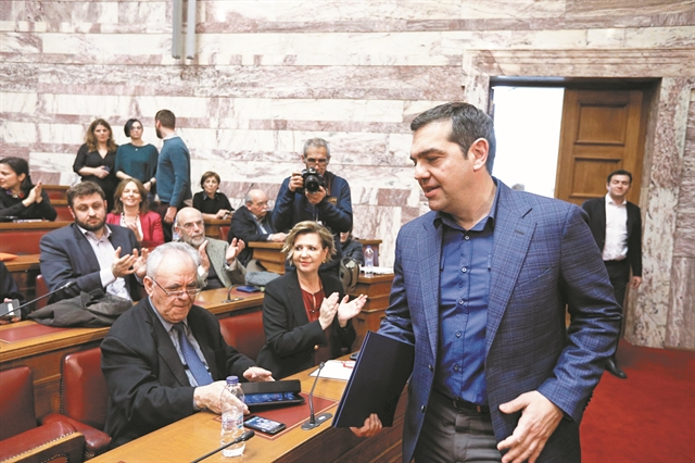 O κορωνοϊός βάζει δύσκολα στον Τσίπρα | tovima.gr