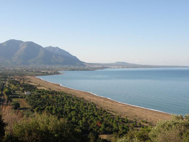 Μεγάλες περιβαλλοντικές παραβάσεις στον Κυπαρισσιακό Κόλπο   tovima.gr