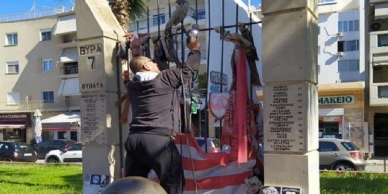 Αποκαταστάθηκε η ζημιά στο Μνημείο των Θυμάτων της Θύρας 7   tovima.gr