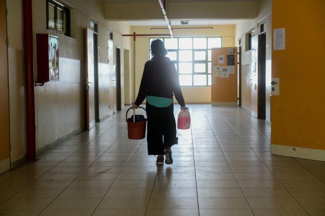 Επιστροφή στο σχολείο: Τα SOS για γονείς, μαθητές – Οδηγίες Τσιόδρα, Κεραμέως για τις μάσκες | tovima.gr