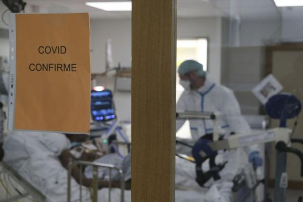 Κορωνοϊός: Η πανδημία ανατρέπει τα επιστημονικά δεδομένα   tovima.gr