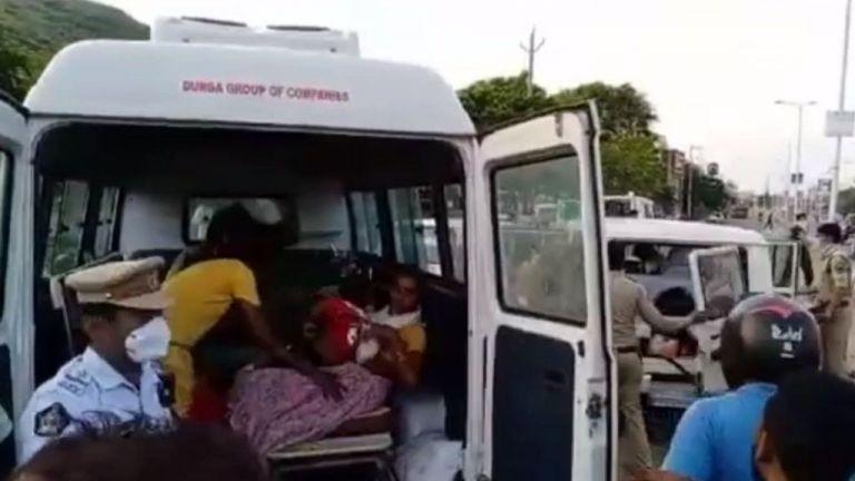Ινδία: Εννέα νεκροί και εκατοντάδες τραυματίες από διαρροή αερίου σε χημικό εργοστάσιο | tovima.gr