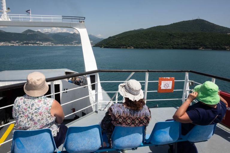Τουρισμός εν μέσω πανδημίας: Τι αλλάζει – Τι ισχύει για πτήσεις και ξενοδοχεία | tovima.gr
