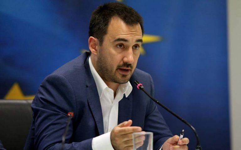 Xαρίτσης: Η απάντηση της ΝΔ παραπέμπει σε διαδικτυακό τρολ   tovima.gr