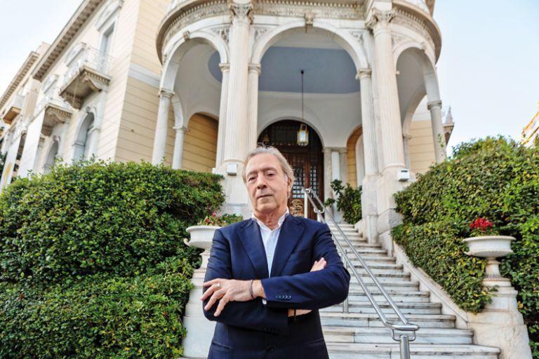 Κορυφαίο διεθνές  βραβείο στον διευθυντή του Μουσείου Κυκλαδικής Τέχνης Νίκο Σταμπολίδη   tovima.gr