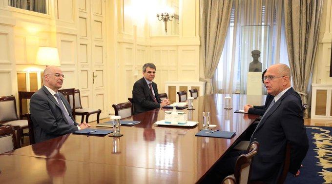 Συνάντηση Δένδια -Ισραηλινού πρέσβη για ενίσχυση της διμερούς συνεργασίας   tovima.gr