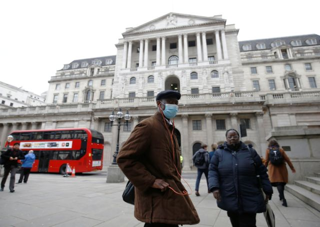 Ακάλυπτες άφησαν στην κρίση του κορωνοϊού τις επιχειρήσεις οι Βρετανοί ασφαλιστές | tovima.gr