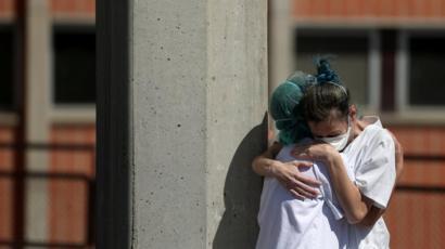 Ισπανία : 138 θάνατοι την Πέμπτη – 27.459 συνολικά τα θύματα | tovima.gr