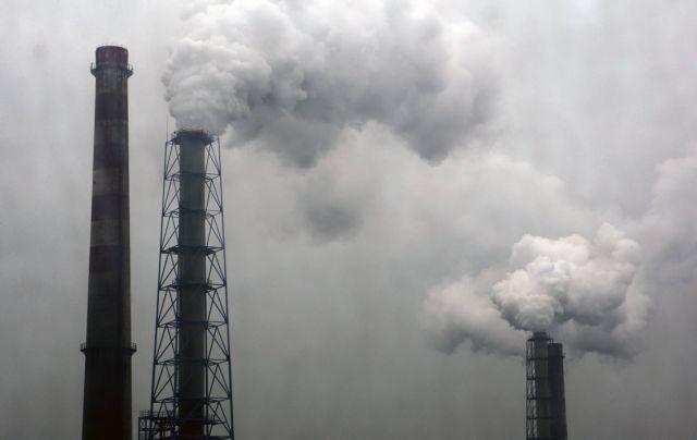 Κορωνοϊός: Πώς συνδέεται η ατμοσφαιρική ρύπανση με την θνησιμότητα | tovima.gr