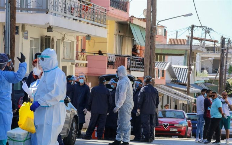 Κορωνοϊός: Πονοκέφαλος οι «γιορτινές» υγειονομικές βόμβες του Μαΐου | tovima.gr