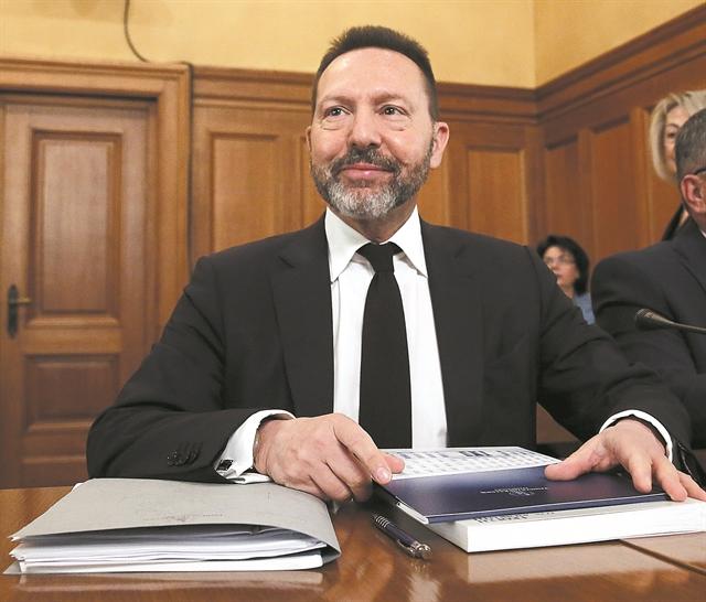 Σχέδιο Στουρνάρα για να απαλλαγούμε από τα κόκκινα δάνεια | tovima.gr