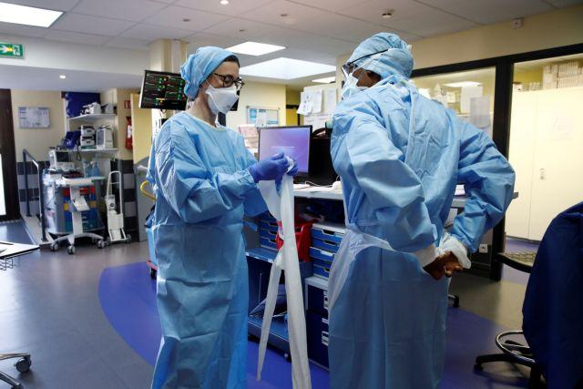 Κορωνοϊός: «Μη βασίζεστε στο εμβόλιο» προειδοποιεί κορυφαίος επιστήμονας των ΗΠΑ | tovima.gr