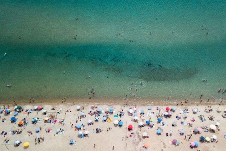 Από το «ανοιχτό» καλοκαίρι στο «κλειστό» φθινόπωρο | tovima.gr
