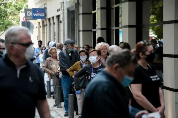 Ανησυχούν οι επιστήμονες  για έξαρση κρουσμάτων λόγω χαλάρωσης μέτρων | tovima.gr