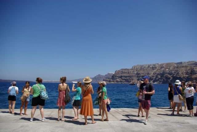 Νησιά: Πώς θα «θωρακιστούν» ενόψει της έλευσης τουριστών – Το υγειονομικό σχέδιο | tovima.gr