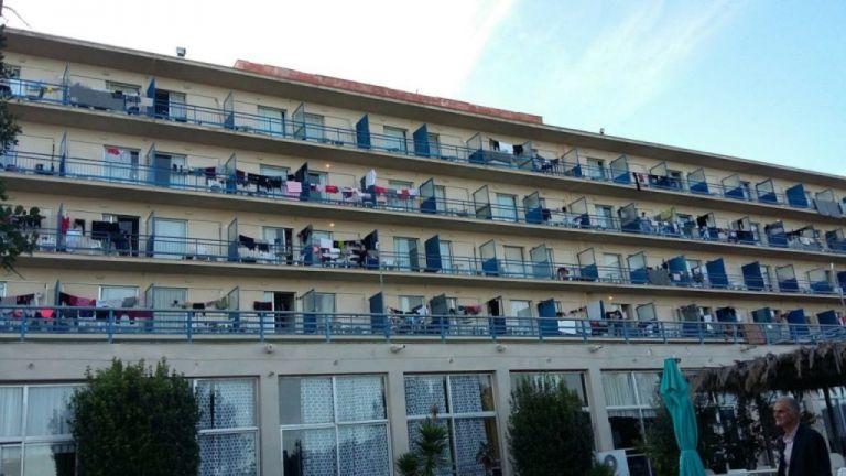Κορωνοϊός: Τρία κρούσματα στη δομή προσφύγων στο Κρανίδι | tovima.gr