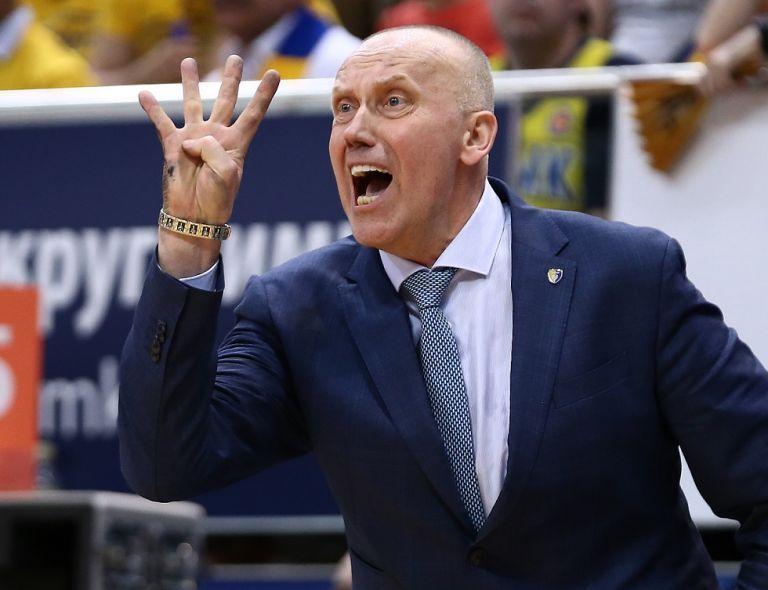 Κουρτινάιτις: «Θέλω να κρατήσω το 90% της ομάδας» | tovima.gr