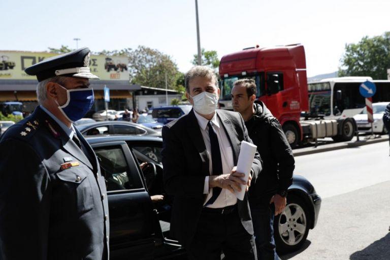 Χρυσοχοΐδης:  Θα κατασκευάσουμε τον φράχτη – Φυλάσσουμε τα σύνορά μας | tovima.gr