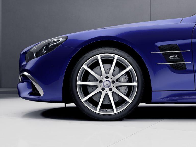 Στη δικαιοδοσία της AMG η εξέλιξη της νέας Mercedes-Benz SL | tovima.gr