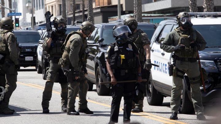 ΗΠΑ: Λεηλασίες, καταστροφές και 700 συλλήψεις – Υπέρ της καταστολής ο Τραμπ | tovima.gr