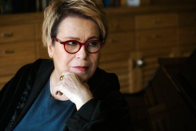 Γαλάνη: Η σχέση με τον Τσιτσάνη και το ιστορικό «Χάραμα» | tovima.gr
