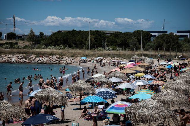 Γέμισαν οι παραλίες στην Αττική   tovima.gr