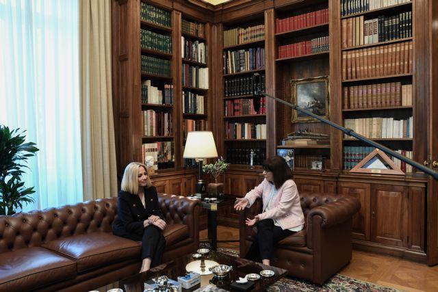 Συμβούλιο αρχηγών για τα ελληνοτουρκικά ζήτησε η Γεννηματά από την ΠτΔ   tovima.gr