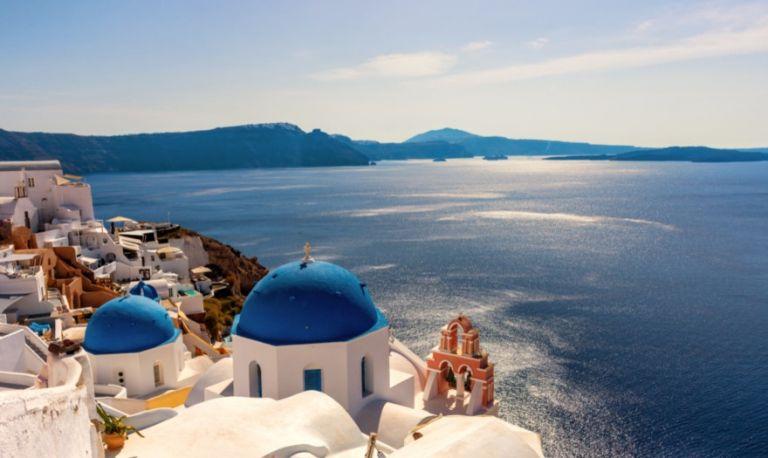 Έκθεση EY: Μετά το 2022 η ανάκαμψη του τουρισμού στα προ-Covid επίπεδα | tovima.gr