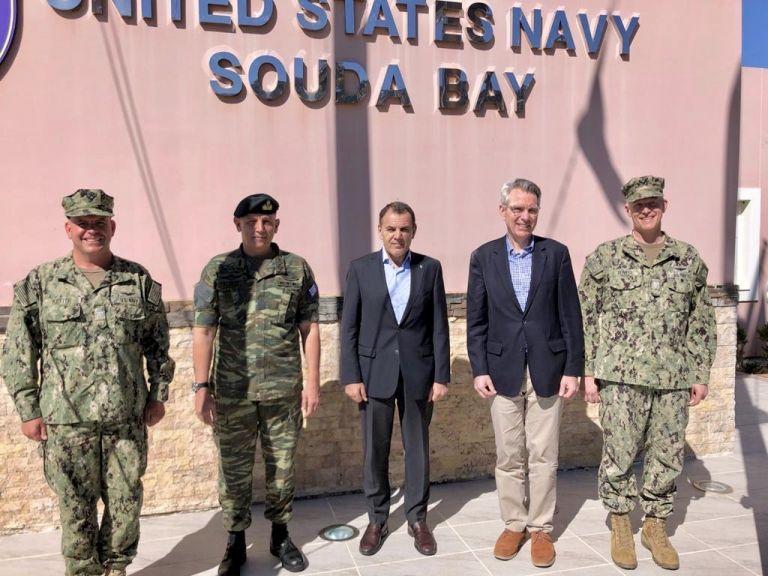 Πάιατ: «Σούδα, η ναυαρχίδα της στρατιωτικής συνεργασίας ΗΠΑ – Ελλάδας» | tovima.gr