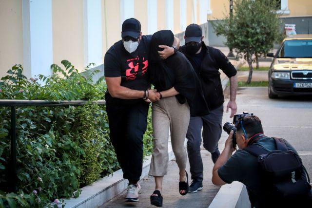 Επίθεση με βιτριόλι: Πώς η δράστις έπεσε στα χέρια της ΕΛ.ΑΣ – Τα 3 λάθη, η συνομιλία με την Ιωάννα στο  Messenger   tovima.gr