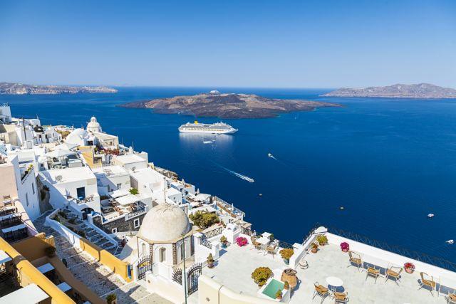 Τουρισμός: Αντίστροφη μέτρηση για την άρση ταξιδιωτικών περιορισμών – Πώς «θωρακίζονται» τα νησιά | tovima.gr