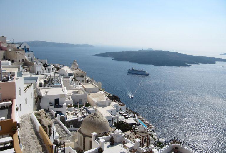 Τουρισμός: Restart με άνοιγμα των εποχικών ξενοδοχείων – Οι πρώτες πτήσεις, τα πρωτόκολλα | tovima.gr
