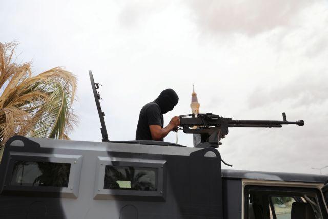 Ανεβαίνει το θερμόμετρο στη Λιβύη: Ο Σάρατζ καταγγέλλει επιθέσεις από «ξένα μαχητικά» | tovima.gr