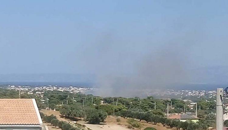 Σε ύφεση η πυρκαγιά στη Βάρη | tovima.gr