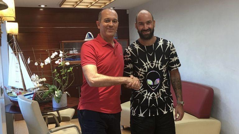 Ανανέωσε ο Σπανούλης – Για άλλον έναν χρόνο στον Ολυμπιακό | tovima.gr