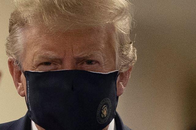 Τραμπ: Με προστατευτική μάσκα δημόσια για πρώτη φορά | tovima.gr