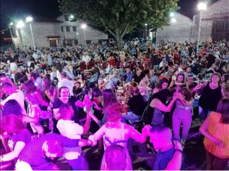 Κορωνοϊός: Εξετάζεται απαγόρευση των πανηγυριών – Δηλώσεις Σύψα | tovima.gr