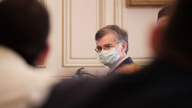 Η εκδίκηση της μάσκας | tovima.gr