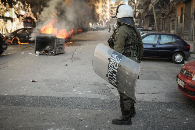 Χρυσοχοΐδης: Συλλήψεις για όποιους χρησιμοποιούν όπλα εναντίον αστυνομικών   tovima.gr