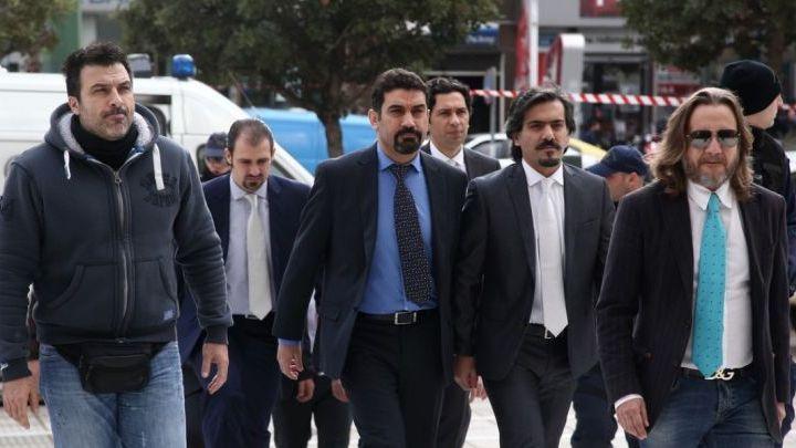 Η αποκάλυψη – βόμβα Αποστολάκη για τους 8 Τούρκους αξιωματικούς και η υπόσχεση της κυβέρνησης ΣΥΡΙΖΑ στον Ερντογάν | tovima.gr